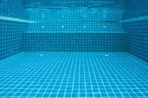 como-mantener-limpia-una-piscina