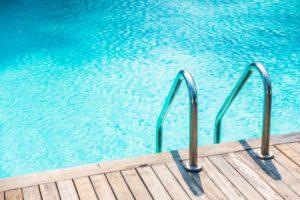 como-mantener-una-piscina-limpia